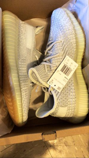 Adidas YeeZy Boost 350 v2 RF ( REFLECTIVE) . DS size 10.5 for Sale in New York, NY