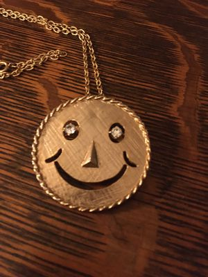 70's SMILEY FACE Pendant Brooch Gold Tone Necklace w/ Rhinestone Happy Face Eyes for Sale in Pittsburgh, PA