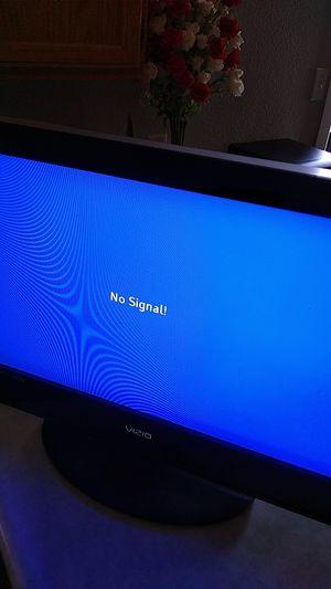 """26"""" VIZIO TV for Sale in Yuma, AZ"""