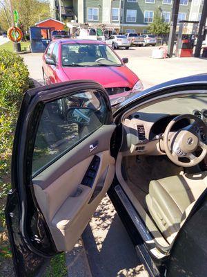 Nissan Altima 2011 123 mil millas for Sale in Houston, TX