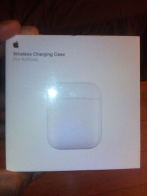 Wireless charging case for Airpods for Sale in Los Angeles, CA