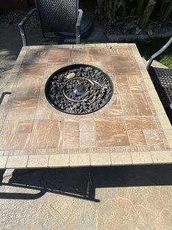 outdoor fire pit with chairs for Sale in Tracy,  CA