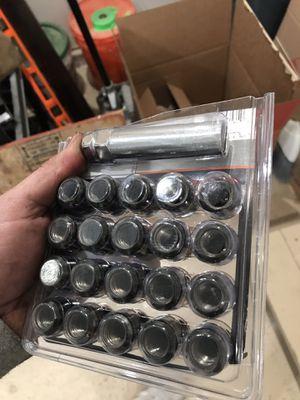 Lug nuts for Sale in Herndon, VA