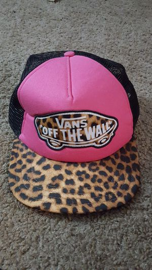 Vans pink and cheetah print hat for Sale in Flagstaff, AZ