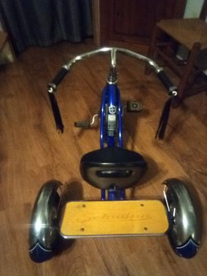 Blue Schwinn retro style toddler tricycle for Sale in Hollister, FL