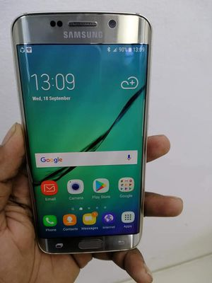 Samsung Galaxy S6 Edge, Factory Unlocked.. Excellent Condition. for Sale in Springfield, VA