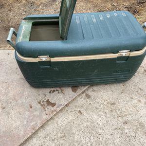Igloo Cooler for Sale in Bakersfield, CA