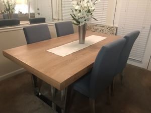 Dining Room Table and Chairs for Sale! for Sale in Nashville, TN
