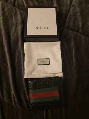 Gucci wallet for Sale in Carson, CA