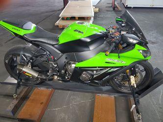 2014 Kawasaki Ninja ZX-10R, Pristine, TONS of upgrades for Sale in San Francisco,  CA