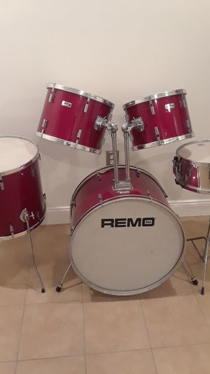 Vintage 1970-80 REMO PTS 5pc drum set for Sale in Clinton, MD