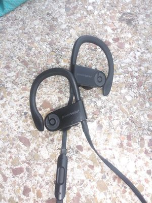 Powerbeats 3 wireless headphones for Sale in Minneapolis, MN