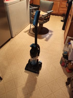 Bissell compact Vacuum Cleaner for Sale in Little Rock, AR