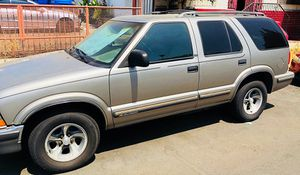 1998 Chevy Blazer 6Lit 4.3 for Sale in Los Angeles, CA