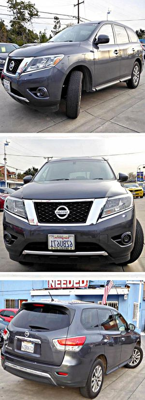 2013 Nissan Pathfinder S 2WD for Sale in South Gate, CA