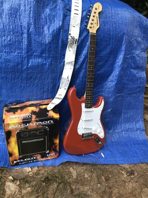 Fender Stare Caster Electric guitar ,and strap , amp for Sale in Canton, GA