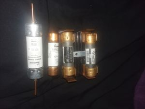 NON-100/ NON-60 FUSES W/ Case for Sale in Knoxville, TN