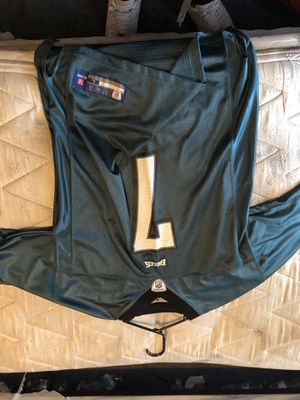 NFL EAGLES JERSEY MICHAEL VICK #7 size large for Sale in Gilbert, AZ