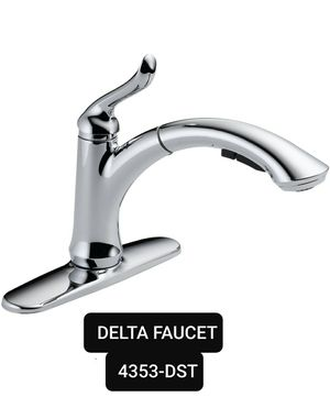 DELTA KITCHEN FAUCET 4353-DST NEW for Sale in Schererville, IN