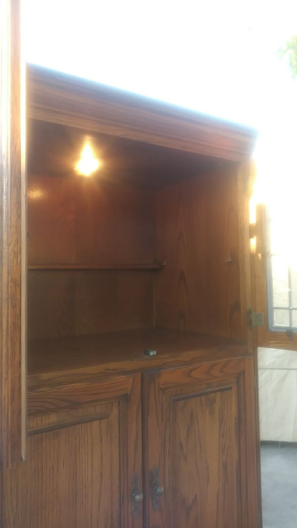 Hutch. 3 Sections plus small Drawer.