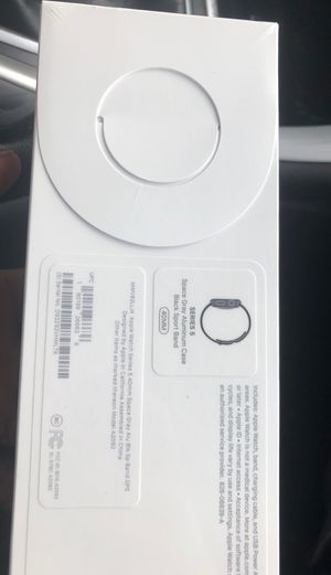 Apple Watch series 5 brand new for Sale in Saint Paul, MN
