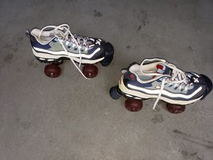 Rollerblades and rollerskates for Sale in Winter Garden, FL
