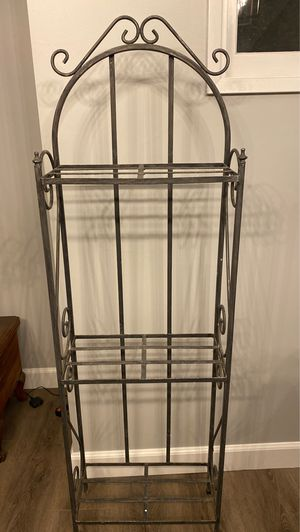 Cute baker's rack for Sale in Whittier, CA