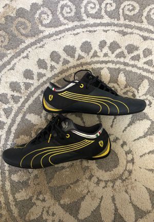 MENS PUMA SHOES LIKE NEW!! for Sale in Hobart, IN