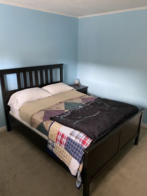 Bed frame Full size for Sale in Bothell, WA