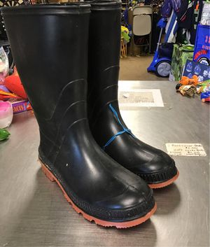 Rubber rain boot for Sale in Matawan, NJ