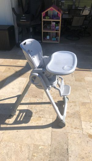 Chicco Polly High Chair for Sale in Lehigh Acres, FL