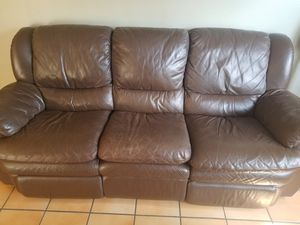 Leather Couch for Sale in Cooper City, FL