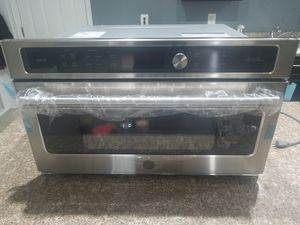*WALL OVEN Brand new GE CSB9120SJSS for Sale in Brambleton, VA