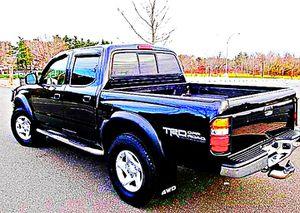 ֆ14OO 4WD Toyota Tacoma Clean for Sale in Silver Spring, MD