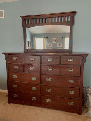 Queen Bedroom Set for Sale in Hainesport, NJ