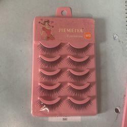 5 Pair Of Jiemeyia Eye lashes for Sale in Nolensville,  TN