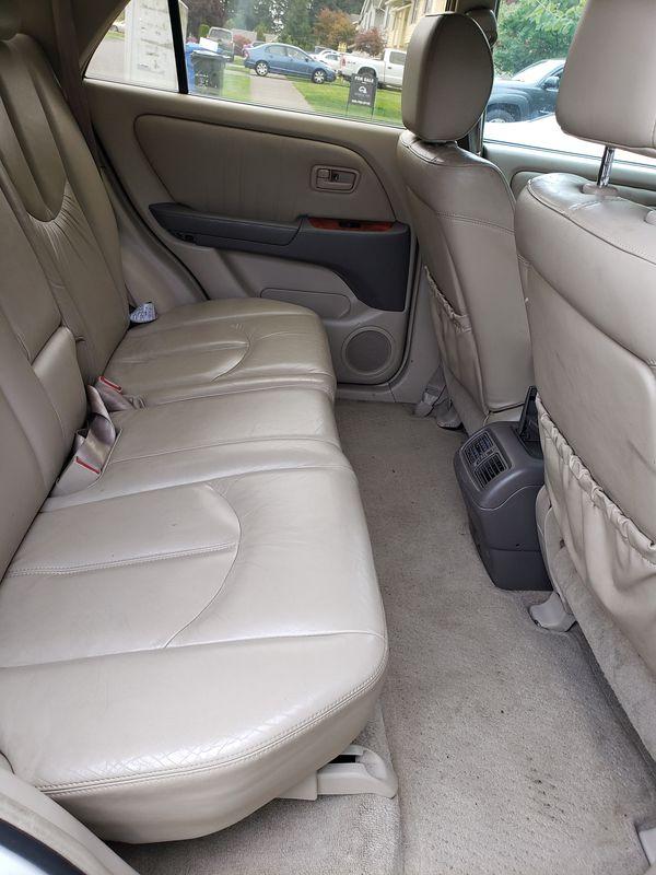 2001 Lexlis TX 300 White