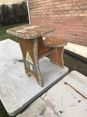 Wooden kids desk/chair for Sale in Mount Holly, NJ
