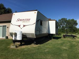 28' Keystone Sprinter Select travel trailer for Sale in Port Clinton, OH