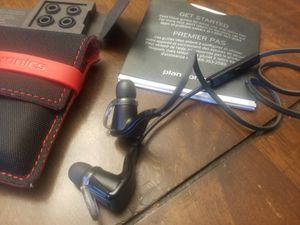 Bluetooth headphones like new for Sale in Tomball, TX