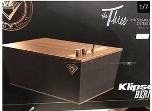 KLIPSCH the three walnut bt speaker for Sale in Pomona, CA