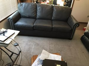 Queen sofa sleeper with matching recliner for Sale in Fort Wayne, IN