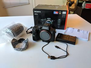 Like new Sony A7III with 28-70mm f3.5-5.6 kit lens for Sale in San Jose, CA