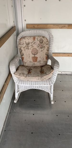 Wicker Topiary Chair for Sale in Cave Creek, AZ