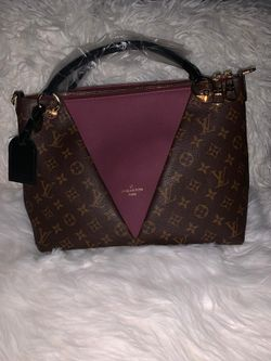 Louis Vuitton Tote for Sale in Chelmsford,  MA