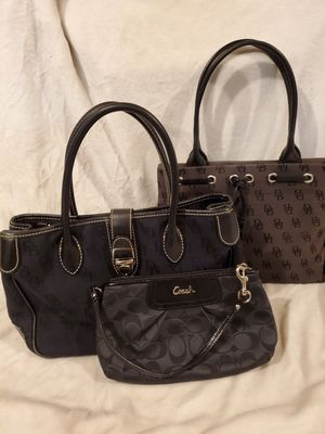 Lot of (3)!!! Dooney and bourke and Coach purses handbags for Sale in Enumclaw, WA
