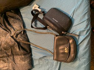 Mk purse And waist bag for Sale in Houston, TX