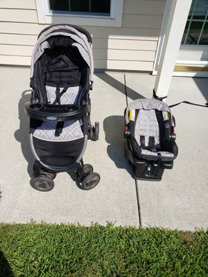Car seat/ stroller for Sale in Groton, CT