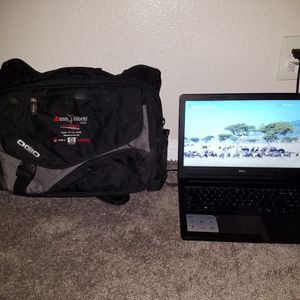 Dell Inspiron 15 Windows 10 Seriess 3000 Like New with Carrying Case Laptop Computer Bag for Sale in Las Vegas, NV