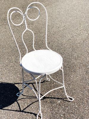 Old vintage ice cream parlor chair for Sale in Graham, WA